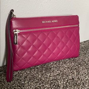 Michael Kors quilted Fuchsia pouch clutch leather
